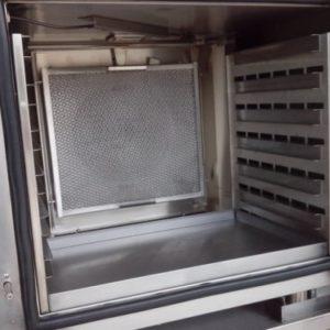 Horno eléctrico de convección vapor con capacidad de 6 bandejas GN1/1. Maquinaria y mobiliario de hostelería