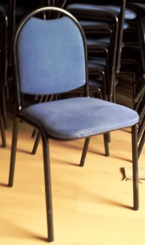 Silla comedor tapizada en azul segunda mano maquinaria hosteler a - Sillas restaurante segunda mano ...