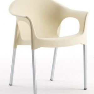 Silla modelo PIA en color marfil. Maquinaria y mobiliario de hostelería